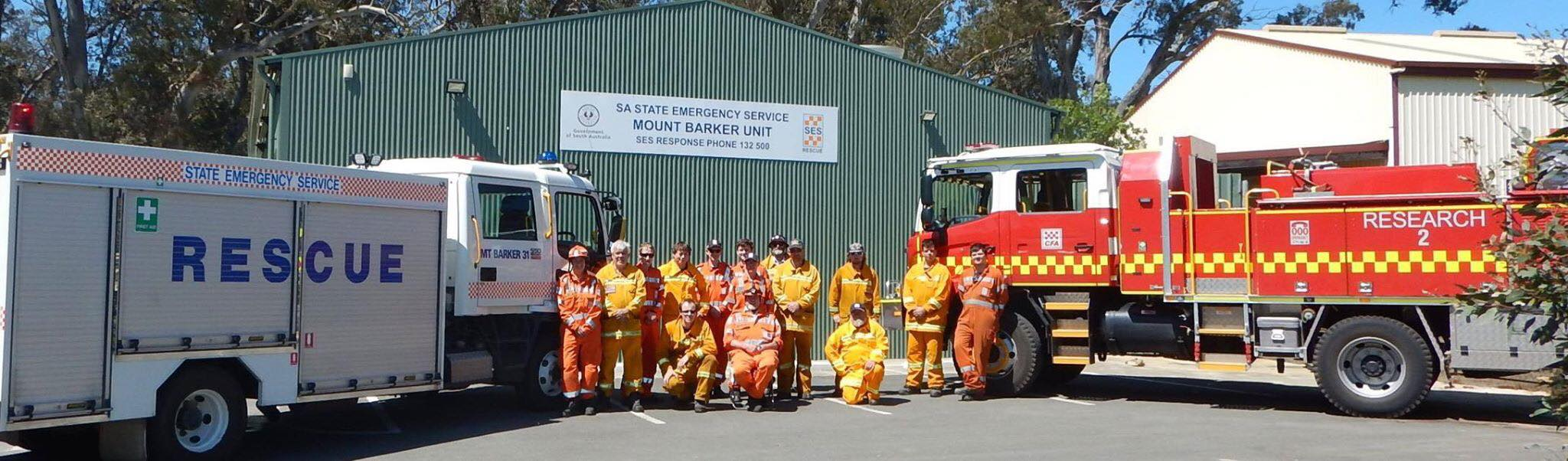 SA State Emergency Service and Country Fire Service volunteers in front of Mount Barker Unit building