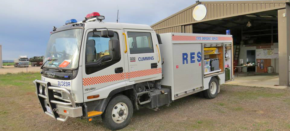 SA State Emergency Service rescue vehicle in front of the Cummins Unit building