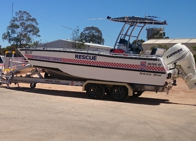 Berri 81 - Marine Search and Rescue vessel, Make: Nautic Star, Registration: 30137, Vessel Type: Sports Barge, Motor Make: Evinrude Etec 200HO, Survey Class: 2D.  Hydrive hydraulic steering, Furuno eco sounder, Hummingbird GPS plotter, Electric bow door winch.